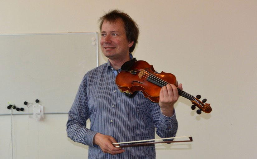 Testing strings with Jakob Elmedal Johansen