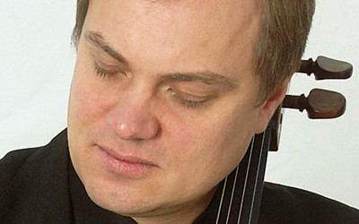Trying Magnacore® and Magnacore Arioso strings with Troels Svane