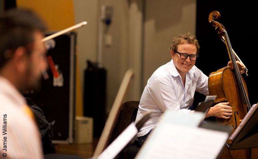 Timo-Veikko Valve plays the Magnacore Arioso A String