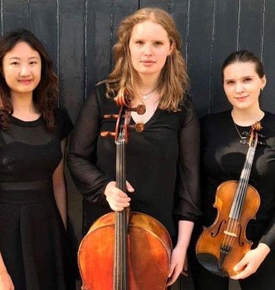 Hattie Butterworth: Cellist: It's Just a Big Violin: Blog