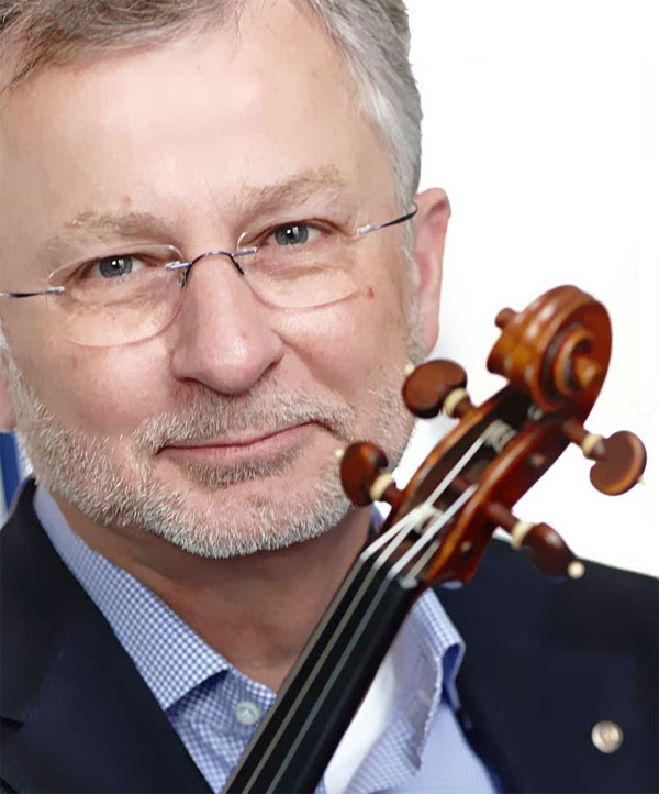 Larsen Strings. Laurits Th. Larsen Founder & CEO