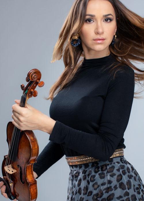 Rusanda Panfili Violinist