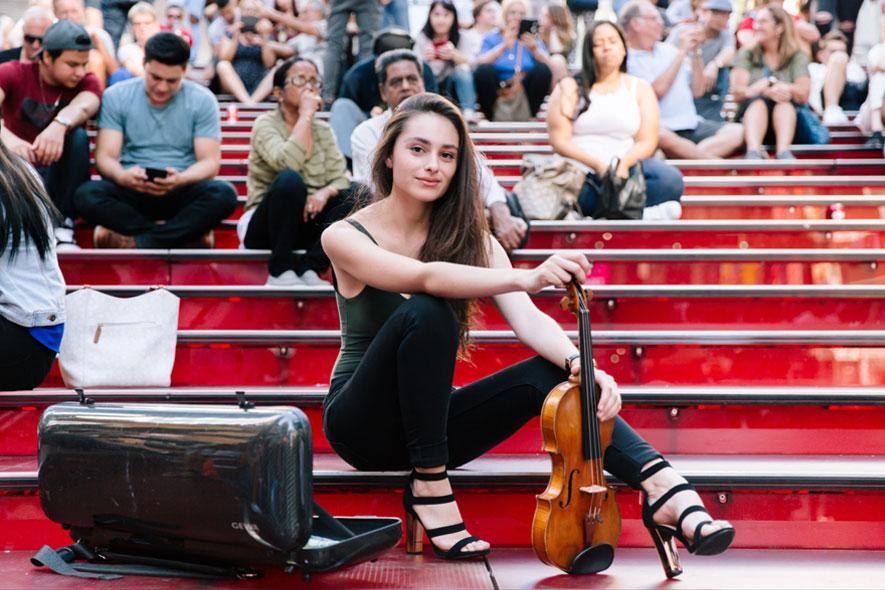 Esther Abrami and Larsen Aurora