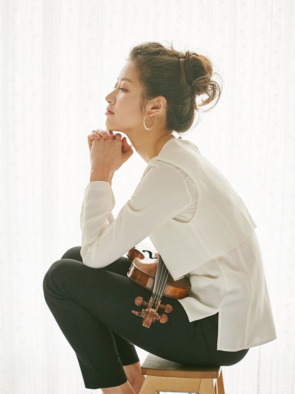 Christel Lee Violin © Minok & Lee